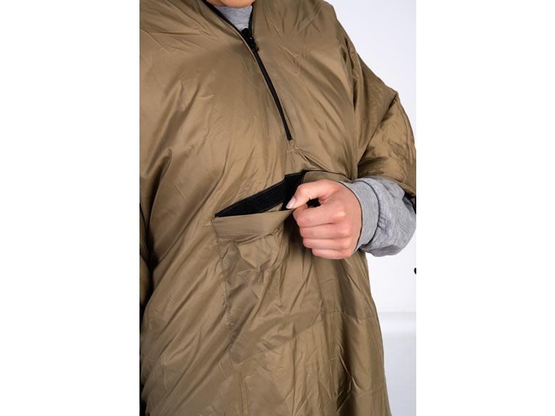 2 w 1: Podkład termiczny do hamaków połączony z poncho