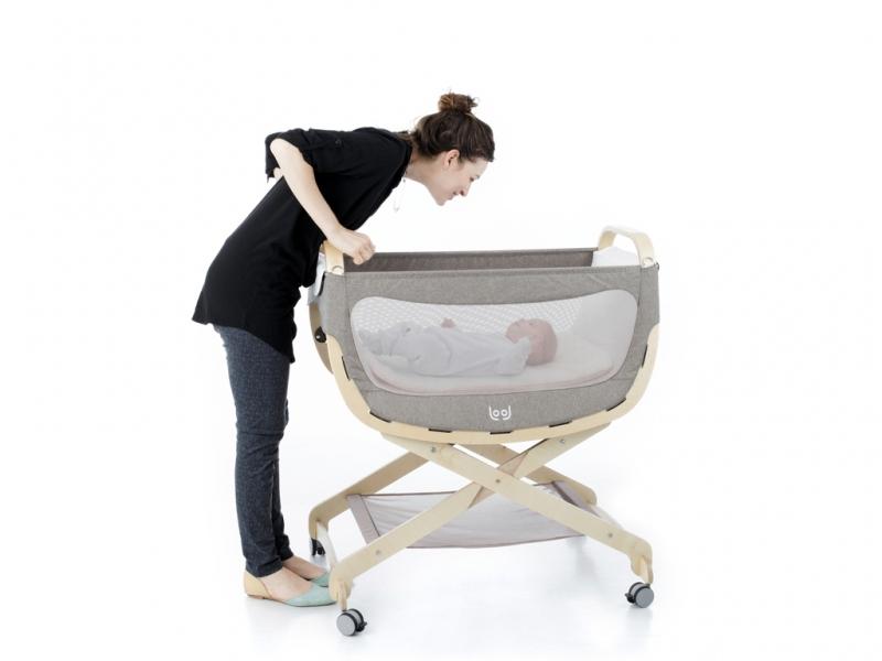 Stojak do kołyski dla niemowlaka